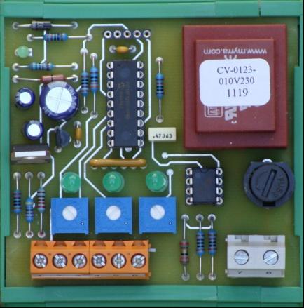 arcontrols convertisseur de 3 contacts secs vitesse en un signal 0 10v avec 3 potentiom tres. Black Bedroom Furniture Sets. Home Design Ideas